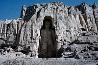 0412522 © Granger - Historical Picture ArchiveARCHAEOLOGY.    Statue of Buddha (Unesco World Heritage List, 2003), Afghanistan, before being destroyed by the Taliban on 21st March 2001. Kushan and Elphalite civilisation, 3rd-5th century. Full credit: De Agostini Picture Library / Granger, NYC -- All Rights Reserved.