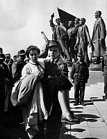 0561117 © Granger - Historical Picture ArchiveGERMANY.   The Buchenwald concentration camp memorial was inaugurated in 1958. The group of figures (back) commemorates the 238 890 prisoners, of whom 56 000 died. A uniformed worker carries a FDJ girl in his arms. Full credit: Max Scheler / Süddeutsche Zeitung Photo / Granger, NYC -- All rights reserved.
