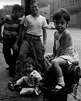 0563583 © Granger - Historical Picture ArchiveUNITED STATES OF AMERICA.   Children on street in Chicago. Undated picture. Full credit: Kurt Schraudenbach / Süddeutsche Zeitung Photo / Granger, NYC -- All rights reserved.