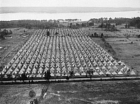 0594479 © Granger - Historical Picture ArchiveUNITED STATES OF AMERICA.   A tent camp at Fort Hunt, which was built for unemployed war veterans, the so-called bonus Expenditory Force, which are used in reforestation projects. Full credit: Scherl / Süddeutsche Zeitung Photo / Granger, NYC -- All rights reserved.