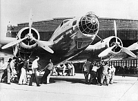 0595365 © Granger - Historical Picture ArchiveUNITED STATES OF AMERICA.   American Boeing B-17 type bomber. Full credit: Scherl / Süddeutsche Zeitung Photo / Granger, NYC -- All rights reserved.