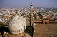 0616991 © Granger - Historical Picture ArchiveINDIA.   The domes of the Jama Masjid, India?ÇÖs largest mosque overlooking Old Delhi. Full credit: Pictures from History / Granger, NYC -- All rights reserved.