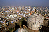 0616993 © Granger - Historical Picture ArchiveINDIA.   The domes of the Jama Masjid, India?ÇÖs largest mosque overlooking Old Delhi. Full credit: Pictures from History / Granger, NYC -- All rights reserved.