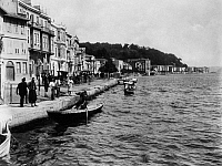0183690 © Granger - Historical Picture ArchiveISTANBUL: GOLDEN HORN.   Rowboats in the Golden Horn at Istanbul, Turkey. Photograph by Abdullah Fréres, c1890.