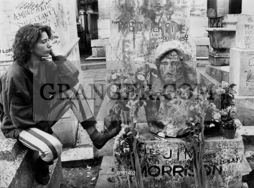 Image of TOMBE OF JIM MORRISON. - The Grave Of Jim ...