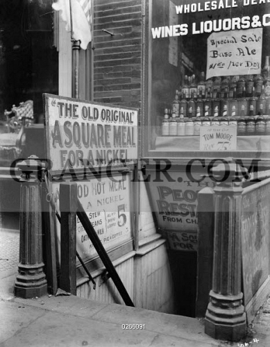 Image of THE BOWERY, C1920  - An Entrance To The People's