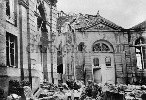 Image Of World War I Verdun 1916 Damaged Archbishops Palace In