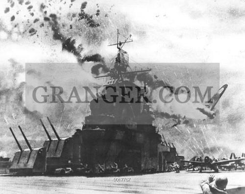 Image of WORLD WAR II: KAMIKAZE  - Aircraft Carrier 'Hornet' Repels
