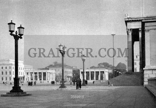 Braunes Haus image of germany the koenigsplatz with antikensammlung